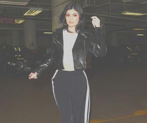 kylie jenner, jenner, and girl image