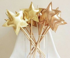 deco, stars, and ready for party image