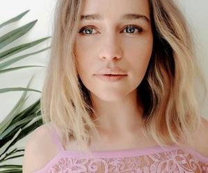 emilia clarke, celebrity, and girl image
