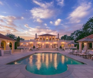 luxury and rich image