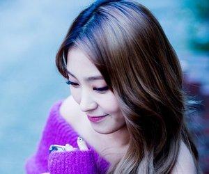 bora, yoon bora, and 윤보라 image