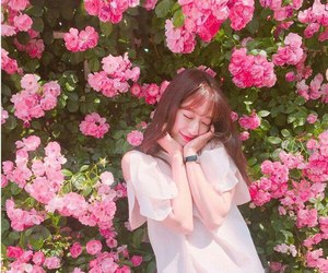 ulzzang, asian, and flowers image