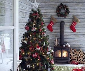 aesthetic, boho, and christmas tree image