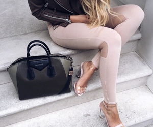 pale, style, and fashion image