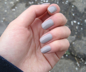 beauty, essie, and nails image