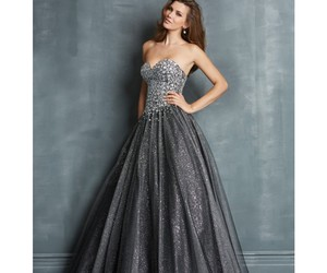 charming, night, and dresses image