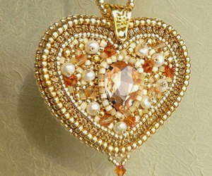 heart pendant necklace, beaded pendant necklace, and golden pendant necklaces image