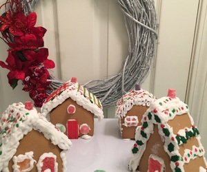 gingerbread, holiday, and sparkle image