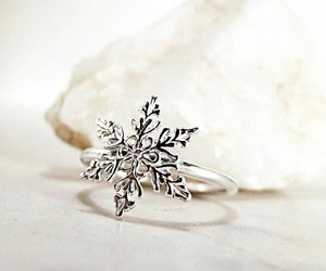 christmas, cold, and jewels image