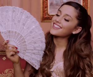ariana grande, right there, and icon image