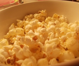 food, pc, and popcorn image