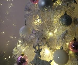 christmas, christmas tree, and garlands image