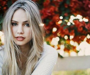 girl, scarlett leithold, and pretty image