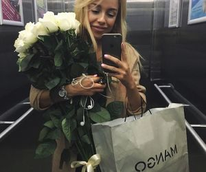 blonde, flowers, and shopping image