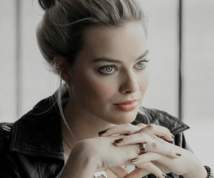 margot robbie, harley quinn, and actress image