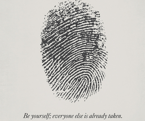 quotes, oscar wilde, and be yourself image