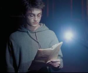 daniel radcliffe, wand, and wizard image