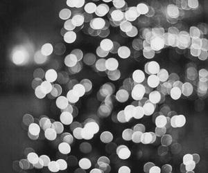 blackandwhite, christmas, and blurry image