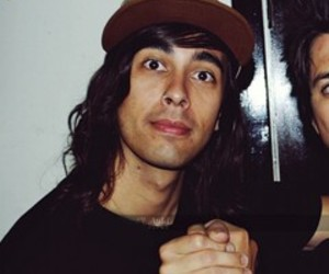 vic fuentes, ptv, and bands image