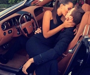 car and couple goal image