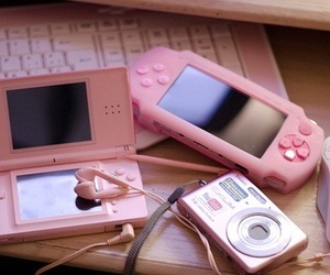 pink, camera, and nintendo image