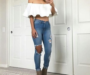 outfit, jeans, and moda image