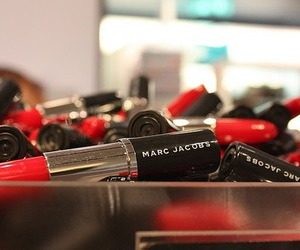 marc jacobs and lipstick image