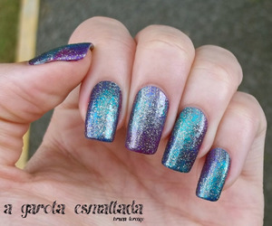 galaxy and nails image