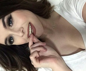 girl, make up, and acacia brinley image