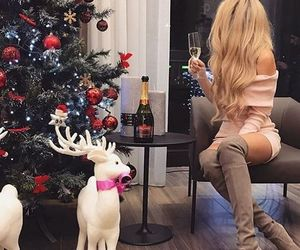 girl, christmas, and hair image