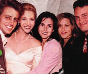Jennifer Aniston, Lisa Kudrow, and matt le blanc image