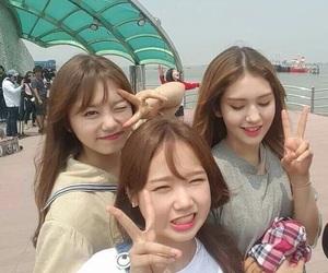 ioi, somi, and yoojung image