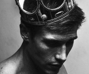 king, boy, and crown image