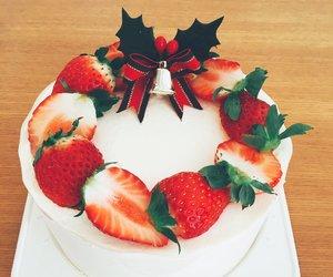cake, strawberry, and christmas image