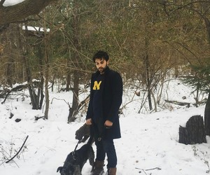 jack falahee and banjo the dog image