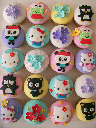 cupcakes, hello kitty, and cute image
