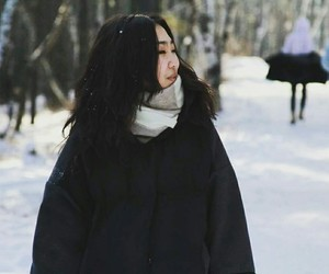 beauty, winter+, and woman+ image