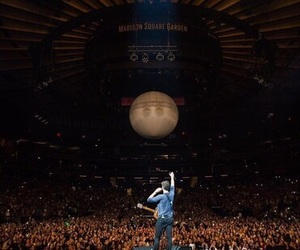 concert, shawn, and tour image