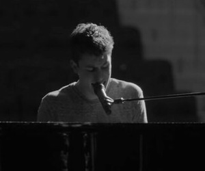 shawn mendes, b&w, and shawn image