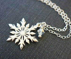 fashion, necklace, and snow image