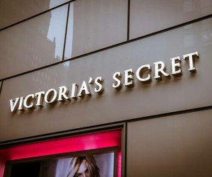 shop and victoria secret image