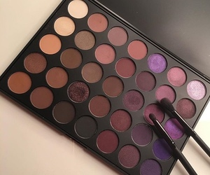 makeup, morphe, and eyeshadow image