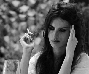 penelope cruz, cigarette, and black and white image
