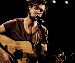 boy, arthur darvill, and glasses image