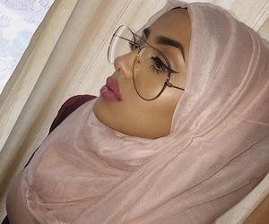 glasses, highlighter, and fleeky image