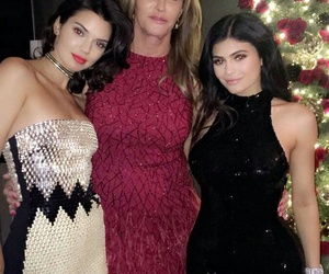 kylie jenner, kendall jenner, and caitlyn jenner image