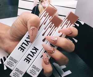 nails, makeup, and kylie image
