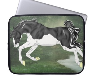 laptop sleeves and computer accessories image