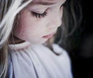 girl, child, and sad image