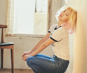 aesthetic, kimhyoyeon, and snsd image